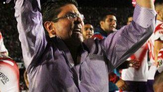 Fidel Kuri festeja un triunfo de Veracruz en el Cl2017