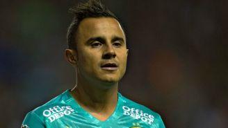 Luis Montes, durante un partido en el Estadio León