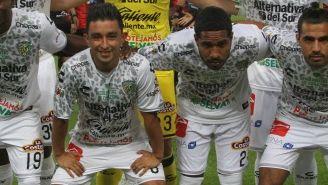 Jugadores de Chiapas, antes del último juego de la franquicia