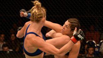 Holly Holm patea cerca del rostro a Bethe Correia