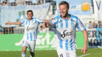 Cristian Menéndez durante un partido del Atlético Tucumán