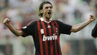 Maldini celebra un triunfo con el AC Milan