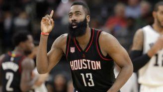 James Harden, durante un juego con Houston Rockets