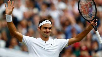 Federer celebra su victoria frente a Berdych en Wimbledon