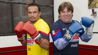 Márquez y el Piojo posan con los guantes bien puestos