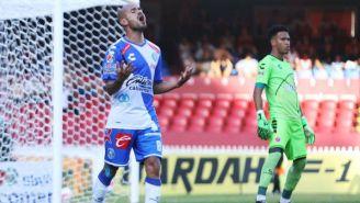 Acuña se lamenta en el juego frente a Veracruz