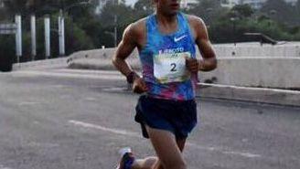 Juan Luis Barrios, durante su participación en el Medio Maratón de la CDMX