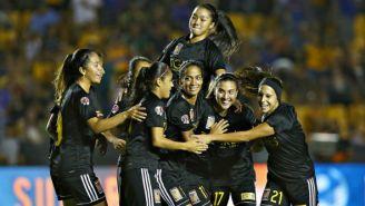 Las jugadoras de Tigres celebrando uno de los tantos de la goleada frente a León