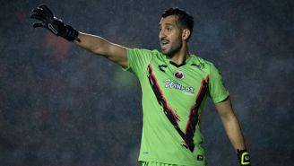 Sergio García en un partido con los Tiburones Rojos