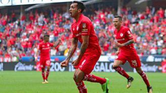 Perg celebra su gol contra Puebla en el Nemesio Diez