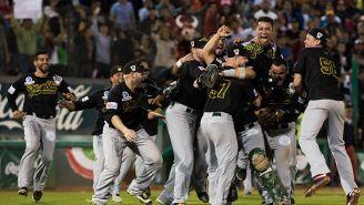 Pericos festejan la victoria de la Serie del Rey de 2016