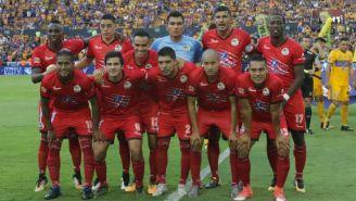 Lobos BUAP se toma la foto antes del partido contra Tigres