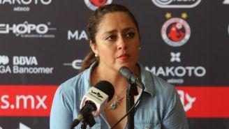 Melissa Núnéz, durante una conferencia de prensa con Veracruz