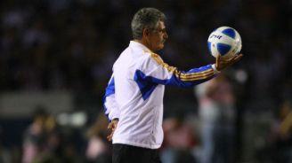 Ricardo Ferreti, durante un partido con Tigres