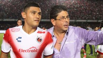 Kuri platica en el Pirata Fuente con Edgar Andrade