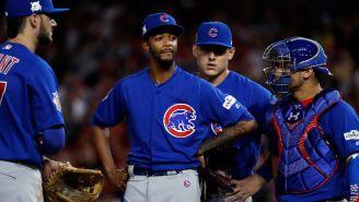 Jugadores de los Cubs lucen serios durante el juego vs Nationals