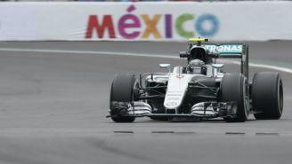 Rosberg maneja durante el Gran Premio de México 2016