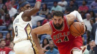 Nikola Mirotic (44), en el juego entre Bulls y Pelicans