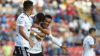 Jugadores del Atlas festejan un gol
