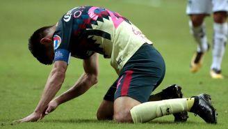 Oribe se lamenta durante el juego vs Rayados