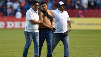 El fanático de Gallos, detenido por la seguridad del estadio