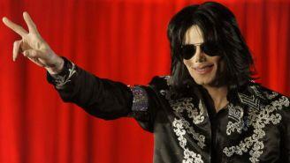 Michael Jackson, previo a anunciar una serie de conciertos en Londres.