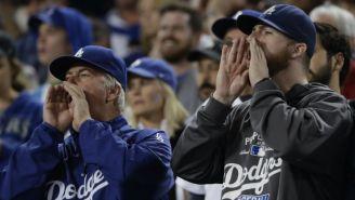 Fanáticos de Dodgers apoyan a su equipo