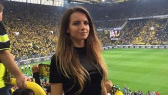 Karolina Bojar disfruta de un juego del Borussia Dortmund