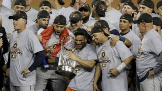 Los jugadores de Astros celebrando el título de la temporada 2017