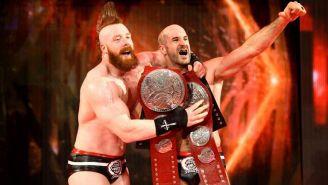 Sheamus y Cesaro festejan con los títulos