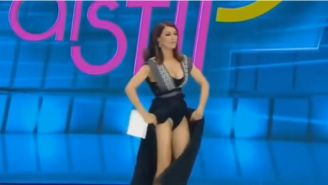 Ilinca Vandici se levanta el vestido en pleno programa