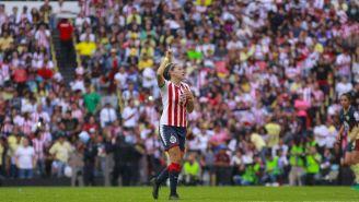 Norma Palafox festeja su gol frente a las Águilas