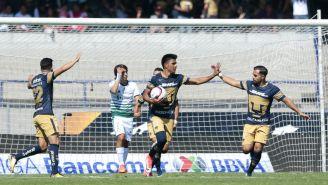 Jesús Gallardo festeja gol contra Santos en la J16