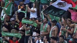 Aficionados de México, durante un juego del Tri
