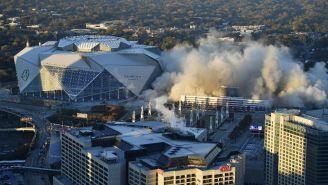 El Georgia Dome fue demolido con explosivos