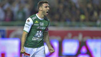 Mauro Boselli, durante partido con León