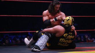 Johnny Mundo amenaza al Hijo de Dr. Wagner Jr.