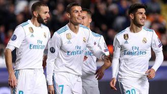 Los jugadores del Real Madrid celebran en la paliza contra el Apoel