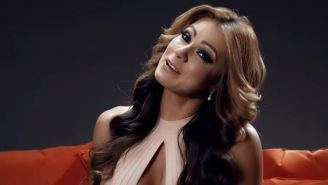 Esperanza Gómez en el video de Netflix