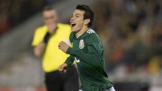 Hirving Lozano celebrando un gol frente a Bélgica