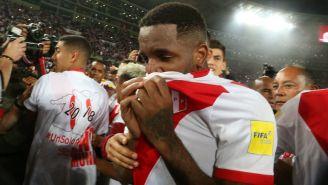 Farfán celebra el pase de Perú a la Copa del Mundo de Rusia 2018