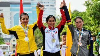 Gladys Tejeda festeja su victoria en los Juegos Bolivarianos