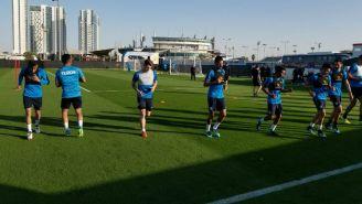 Jugadores de Pachuca entrenan en Emiratos Árabes Unidos