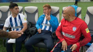 Guzmán,Honda y Pérez durante el reconocimiento del Estadio Zayed Sport City