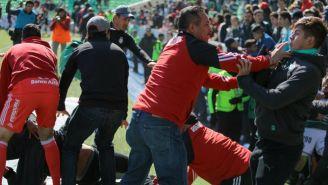 Jugadores de Santos y Atlas Sub 20, en plena pelea tras Final