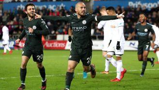 David Silva, que estuvo encendido, festeja uno de sus goles
