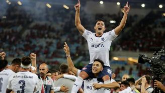Diego Rodríguez festeja el título de Independiente