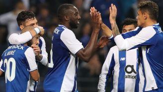 Los jugadores del Porto celebran un gol contra Vitória