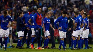 Jugadores de Cruz Azul, tras ser eliminados de Liguilla contra América