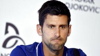 Novak Djokovic en conferencia de prensa en Serbia